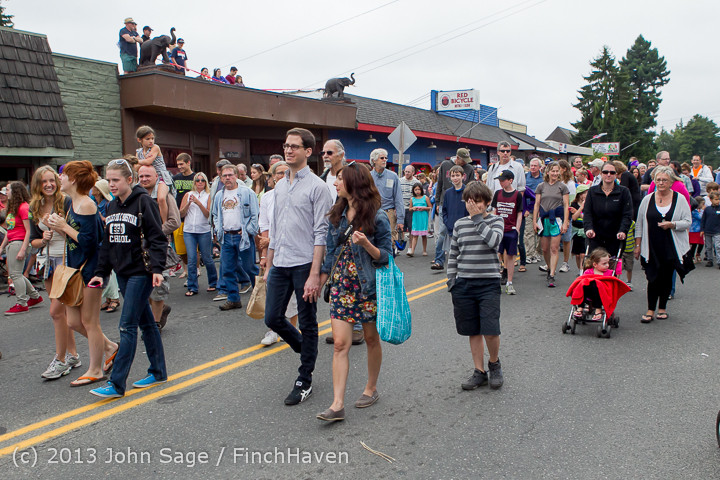 6698 Vashon Strawberry Festival Grand Parade 2013 072013