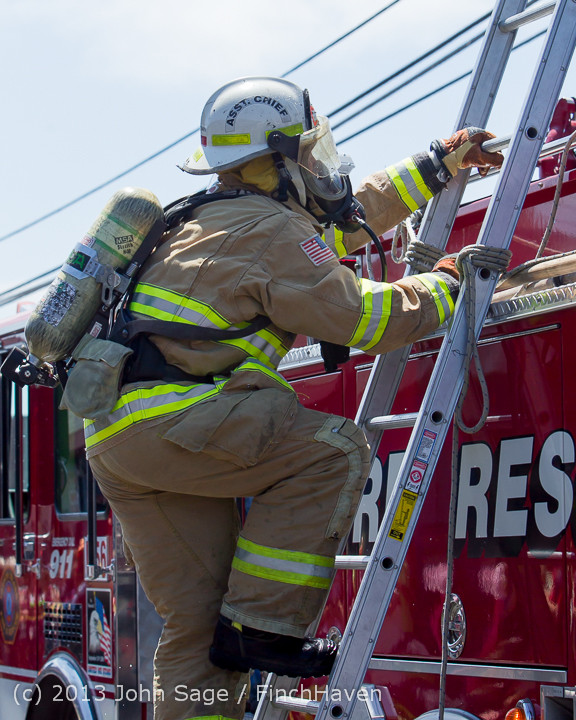 7149_VIFR_Firefighter_Challenge_2013_072013