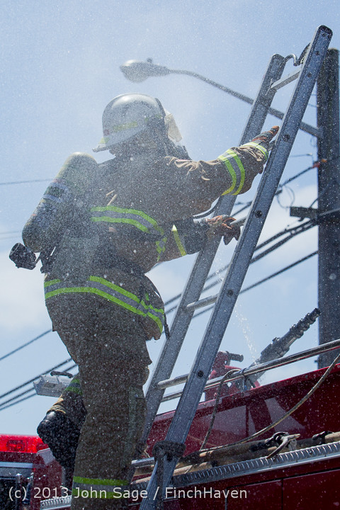 7152 VIFR Firefighter Challenge 2013 072013