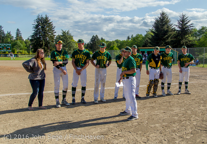 17910 VIHS Baseball Seniors Night 2016 042916