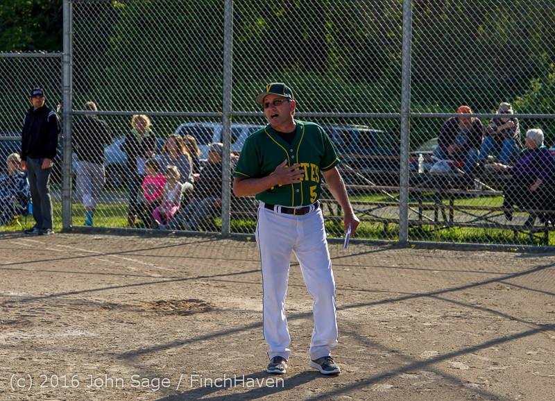 17952 VIHS Baseball Seniors Night 2016 042916