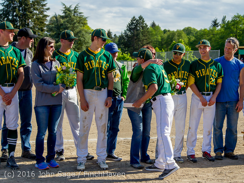 18024 VIHS Baseball Seniors Night 2016 042916
