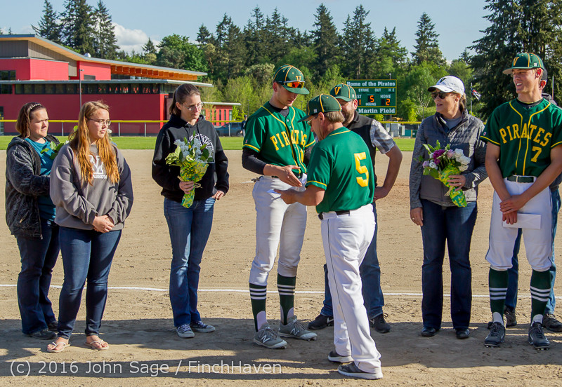 18060 VIHS Baseball Seniors Night 2016 042916