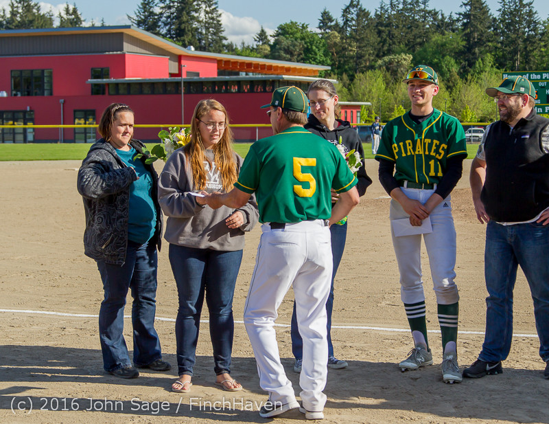 18073 VIHS Baseball Seniors Night 2016 042916