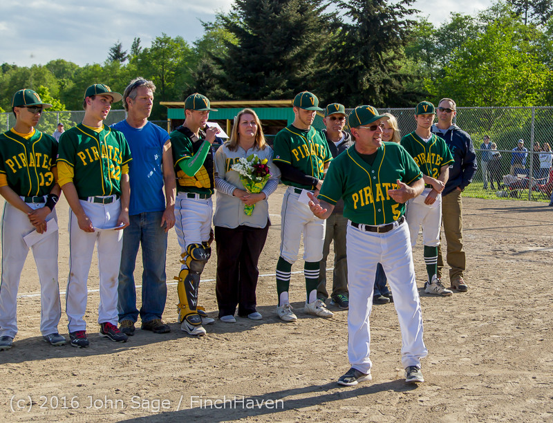 18085 VIHS Baseball Seniors Night 2016 042916