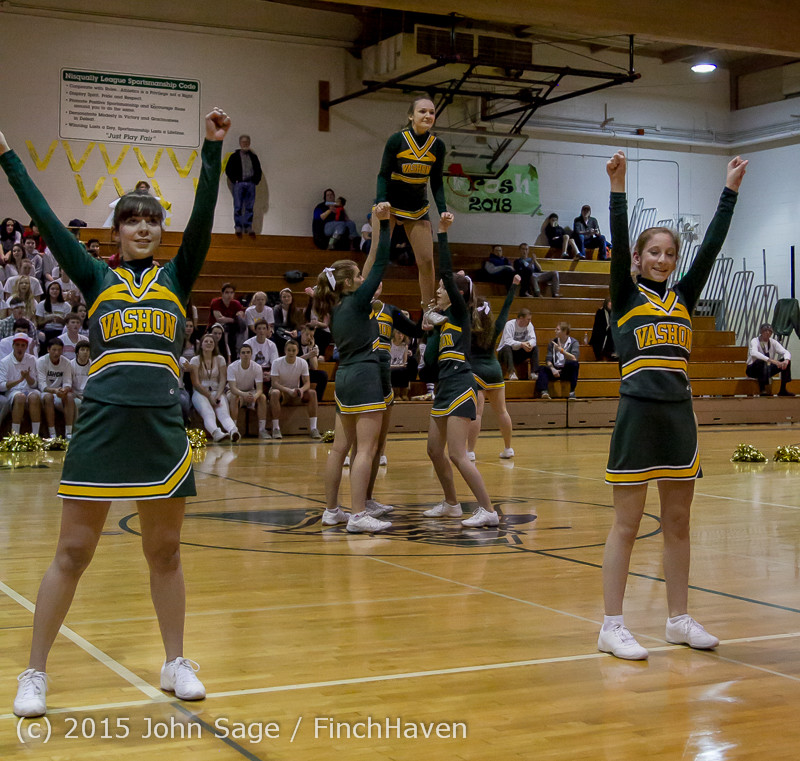 16345 VIHS Winter Cheer at Halftime BBall v Sea-Chr 010915