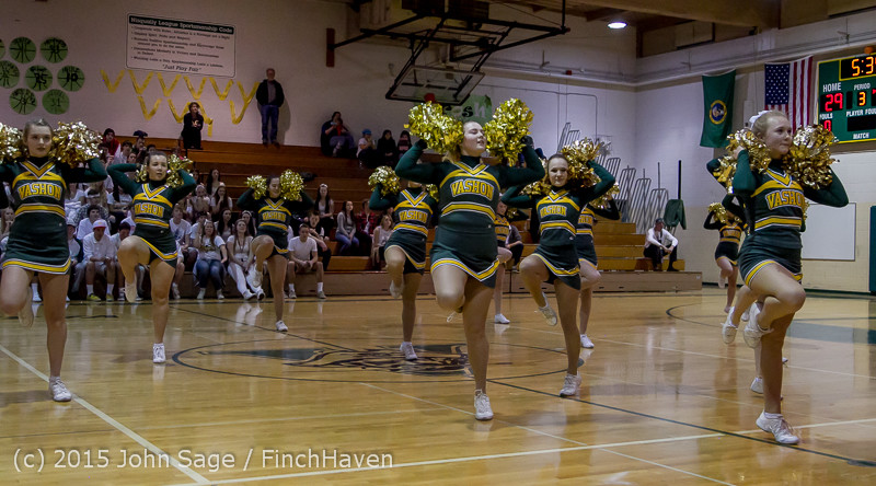 16511 VIHS Winter Cheer at Halftime BBall v Sea-Chr 010915
