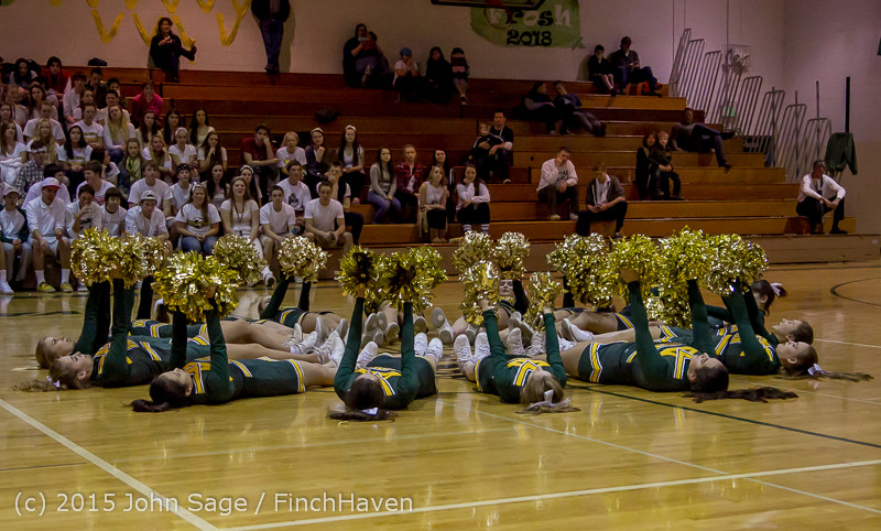 16601_VIHS_Winter_Cheer_at_Halftime_BBall_v_Sea-Chr_010915