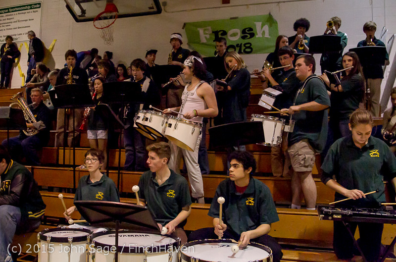 17943_White_Out_and_VIHS_Band_at_BBall_v_Sea-Chr_010915