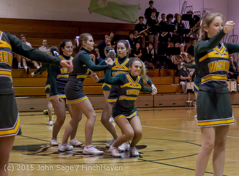 19363 VIHS Winter Cheer at Halftime BBall v Sea-Chr 010915