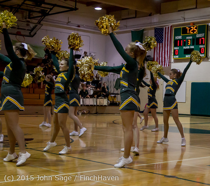 19526_VIHS_Winter_Cheer_at_Halftime_BBall_v_Sea-Chr_010915