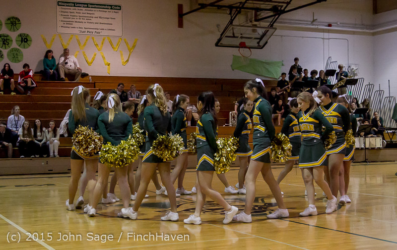 19558 VIHS Winter Cheer at Halftime BBall v Sea-Chr 010915