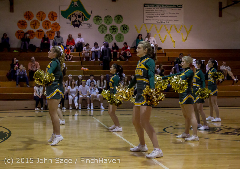 19661_VIHS_Winter_Cheer_at_Halftime_BBall_v_Sea-Chr_010915