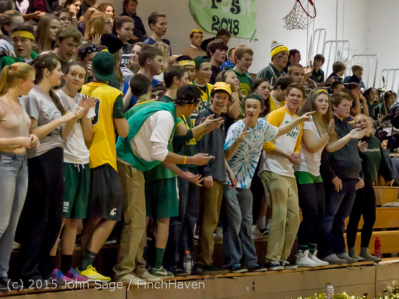 21512_VIHS_Cheer-Band-Crowd_at_BBall_v_Seattle-Academy_121614