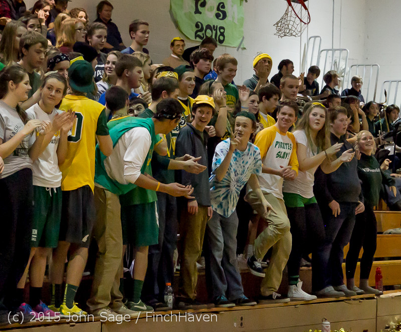 21515_VIHS_Cheer-Band-Crowd_at_BBall_v_Seattle-Academy_121614