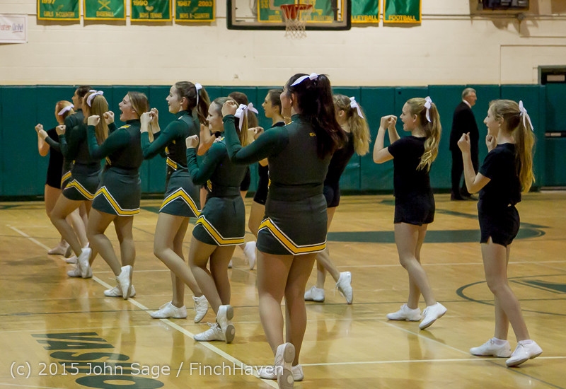 21864_VIHS_Cheer-Band-Crowd_at_BBall_v_Seattle-Academy_121614