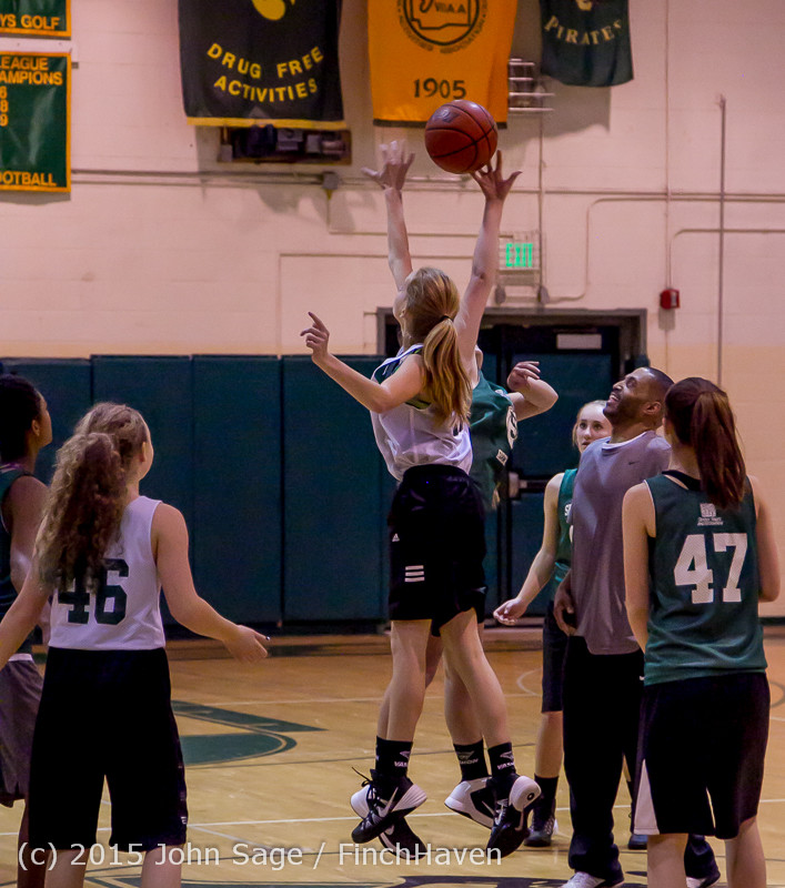 21900_VIJB_7-8_Girls_at_BBall_v_Seattle-Academy_121614