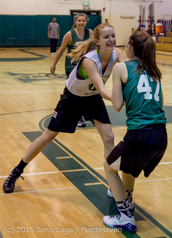 21984_VIJB_7-8_Girls_at_BBall_v_Seattle-Academy_121614