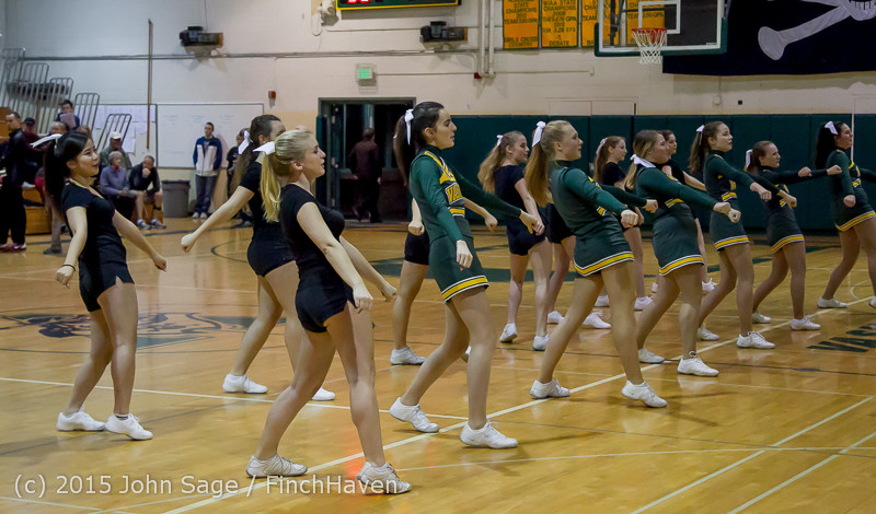 22780_VIHS_Cheer-Band-Crowd_at_BBall_v_Seattle-Academy_121614
