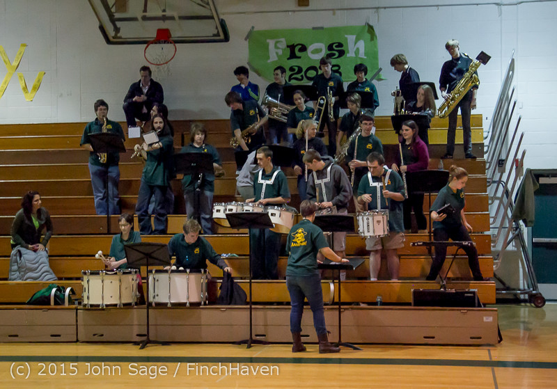 23453 VIHS Cheer-Band-Crowd at BBall v Seattle-Academy 121614