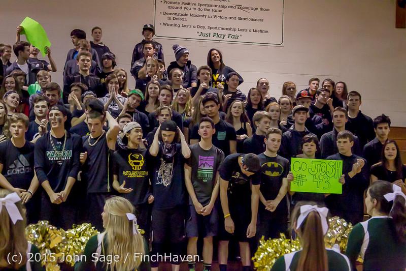 17547 Boys Varsity Basketball v Klahowya 120915