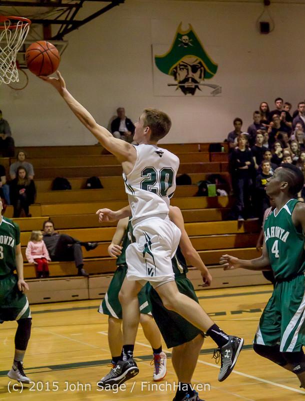 17689 Boys Varsity Basketball v Klahowya 120915