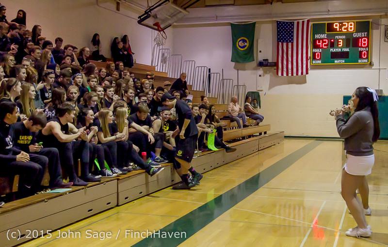 18480 Boys Varsity Basketball v Klahowya 120915