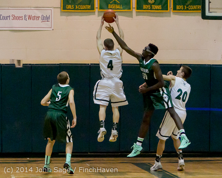 20715_Boys_Varsity_Basketball_v_CWA_01172014