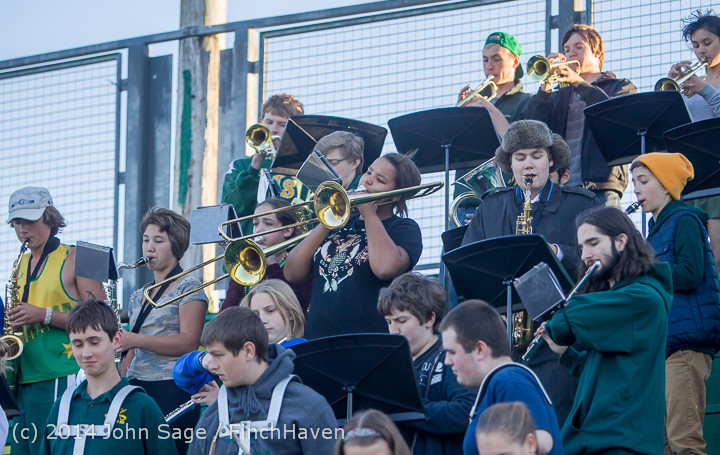 3535 Cheer-Crowd-Band at Football v Port-Angeles 091214
