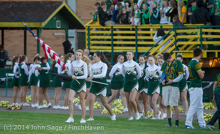 3717 Cheer-Crowd-Band at Football v Port-Angeles 091214