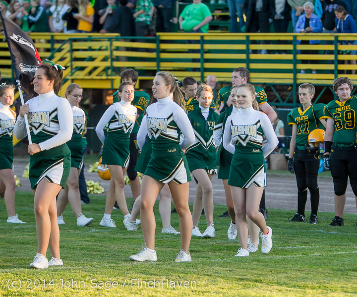 3728 Cheer-Crowd-Band at Football v Port-Angeles 091214