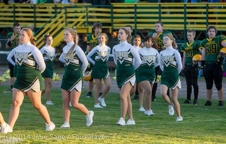 3748 Cheer-Crowd-Band at Football v Port-Angeles 091214