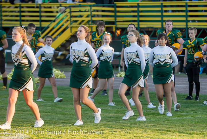 3751 Cheer-Crowd-Band at Football v Port-Angeles 091214