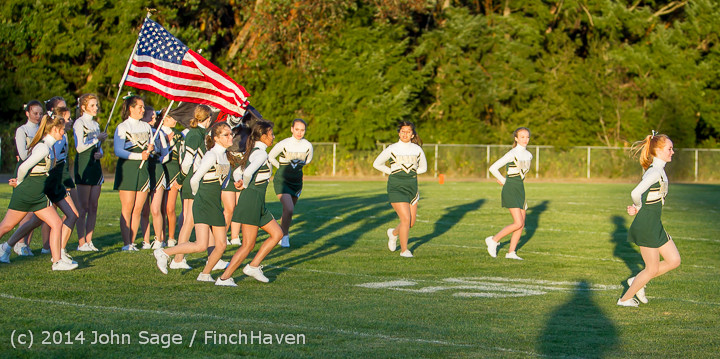 3794 Cheer-Crowd-Band at Football v Port-Angeles 091214