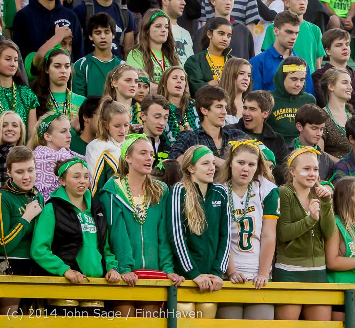 4550 Cheer-Crowd-Band at Football v Port-Angeles 091214