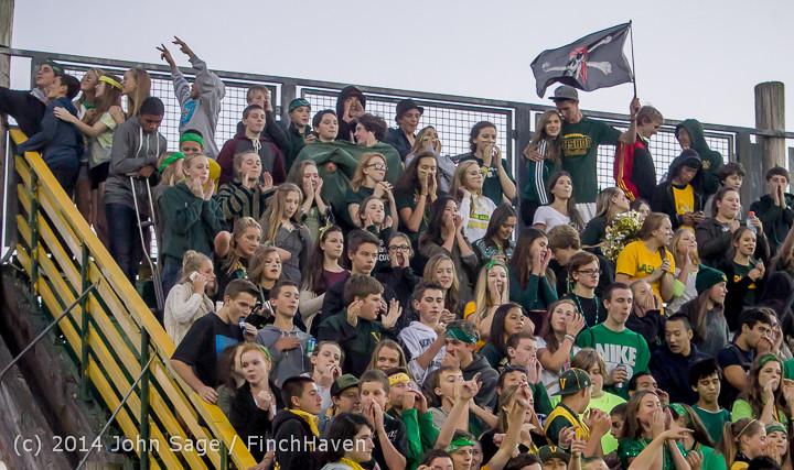 4747 Cheer-Crowd-Band at Football v Port-Angeles 091214