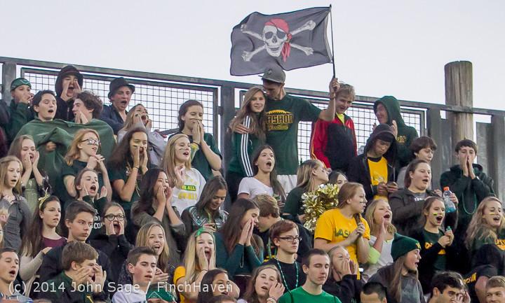 4750 Cheer-Crowd-Band at Football v Port-Angeles 091214