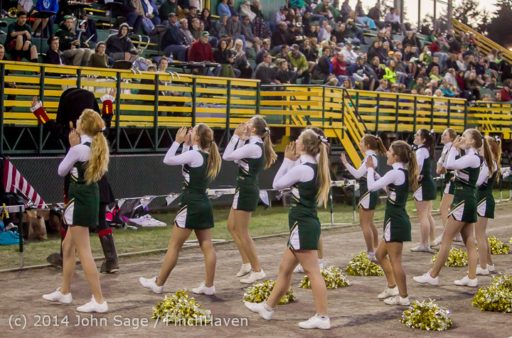 4880 Cheer-Crowd-Band at Football v Port-Angeles 091214