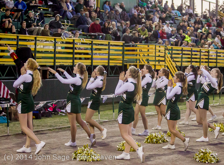4885_Cheer-Crowd-Band_at_Football_v_Port-Angeles_091214