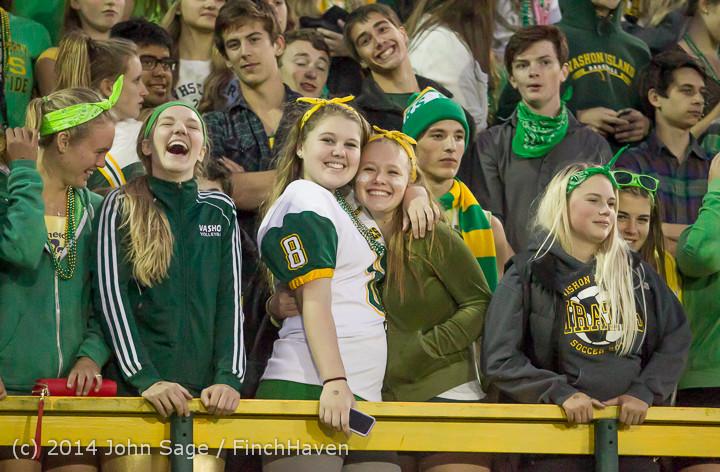 4959 Cheer-Crowd-Band at Football v Port-Angeles 091214