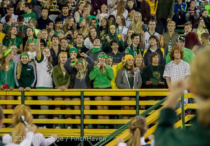 4988 Cheer-Crowd-Band at Football v Port-Angeles 091214