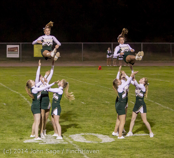 5205_Cheer-Crowd-Band_at_Football_v_Port-Angeles_091214