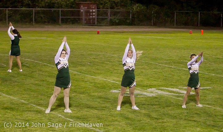 5234 Cheer-Crowd-Band at Football v Port-Angeles 091214