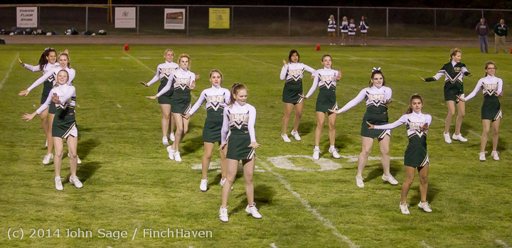 5269 Cheer-Crowd-Band at Football v Port-Angeles 091214
