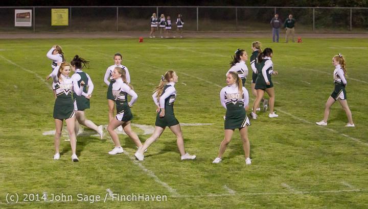 5337 Cheer-Crowd-Band at Football v Port-Angeles 091214