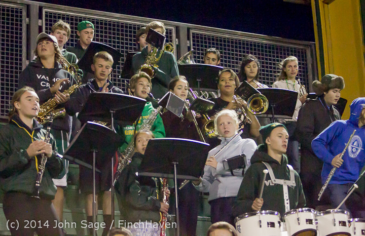 5552 Cheer-Crowd-Band at Football v Port-Angeles 091214