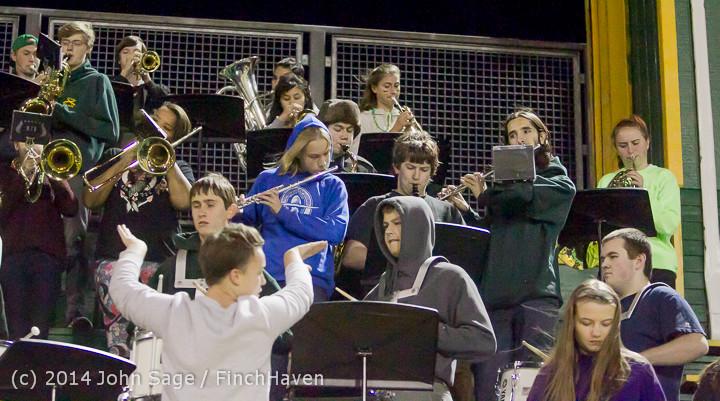 5569 Cheer-Crowd-Band at Football v Port-Angeles 091214
