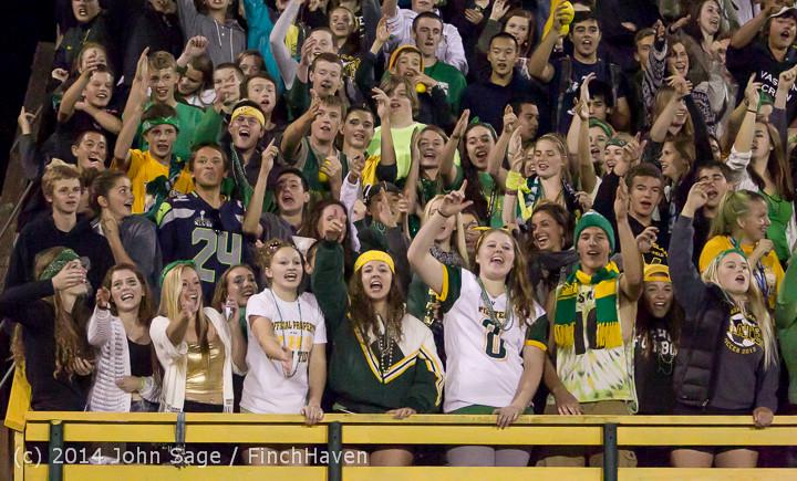 5814 Cheer-Crowd-Band at Football v Port-Angeles 091214