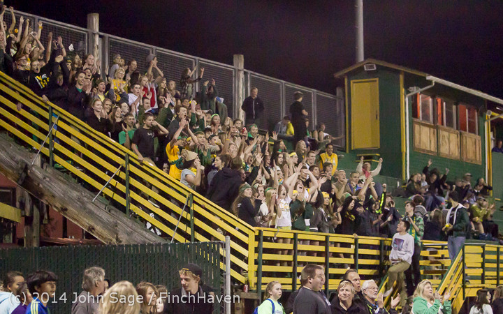 6196 Cheer-Crowd-Band at Football v Port-Angeles 091214