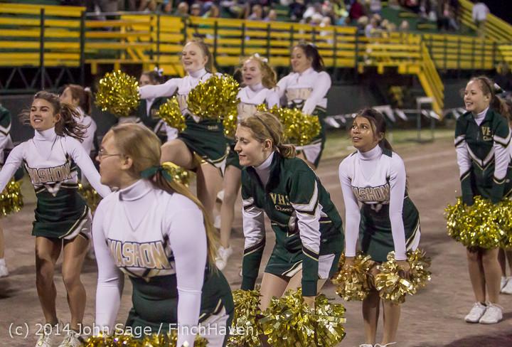 6357 Cheer-Crowd-Band at Football v Port-Angeles 091214